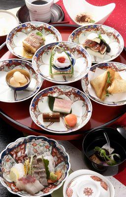 伝統の味 長崎卓袱料理 出島