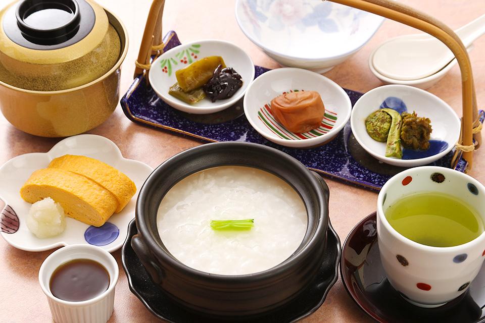 <GoToトラベルキャンペーン割引対象>【禁煙】Basic☆プチ朝食付きプラン(2、3名様)