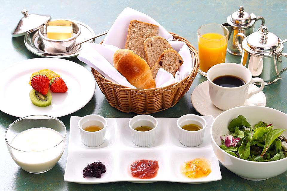【早割28】28日前までのご予約で43%OFF+プチ朝食♪
